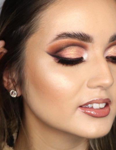 Model AModel Amber with Rita's Makeup Artistrymber